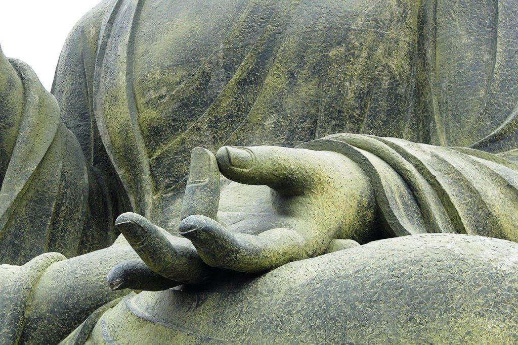 Gesundheitspraxis Oberfranken: Die Ruhe und Gelassenheit des Buddha spiegelt sich wider im TAO Yoga